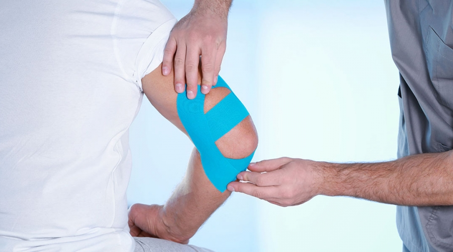 Taping & Strapping (Kinesiology tape for athletes)